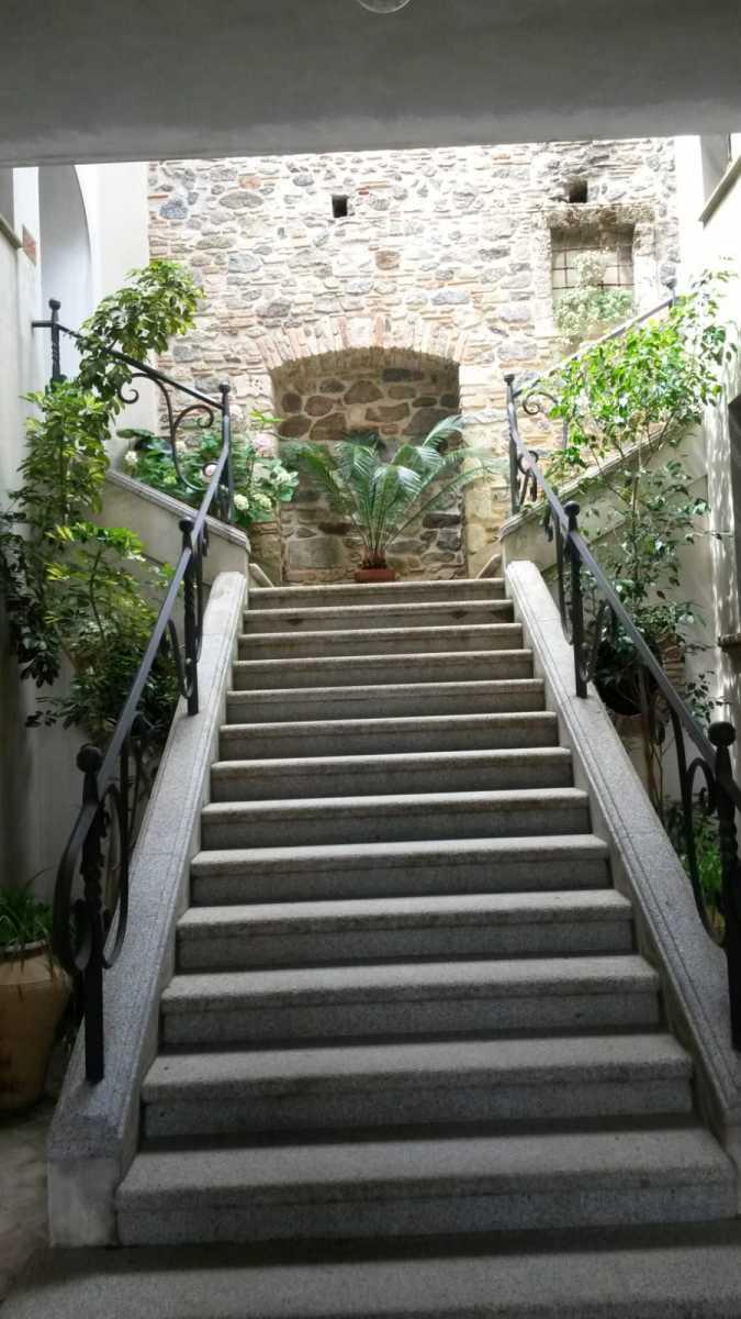 Scicchitano-Luciano-scalinata-palazzo-gentilizio-Fam.-Carnevale